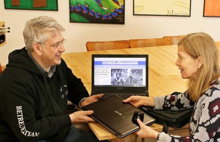 Bürgerliste Selters spendet Laptop für die Jugendarbeit