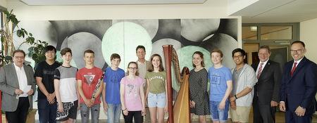 Sparkassenstiftung unterstützt begabte Musik-Gymnasiasten