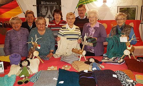 Basar der B�rdenbacher Strickfrauen war sehr erfolgreich