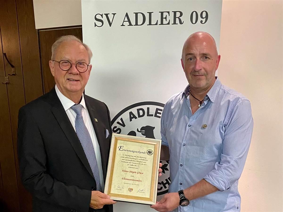 SV Adler 09 Niederfischbach: Standing Ovation für Klaus-Jürgen Griese