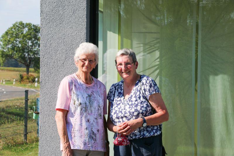 Anneliese Gräßer und Tochter Ute Scheid. Foto: privat