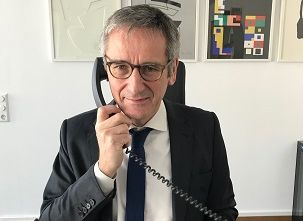 Hendrik Hering bietet Telefonsprechstunde an