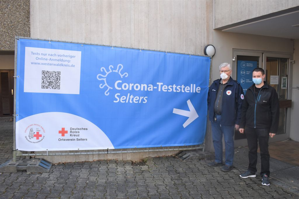 "DRK eröffnet ""Corona-Teststelle für Alle"" in Selters"