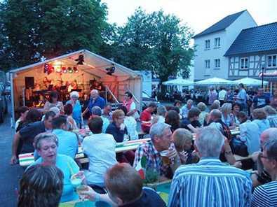 Zum Start in die Ferien: Toskanische Nacht in Altenkirchen