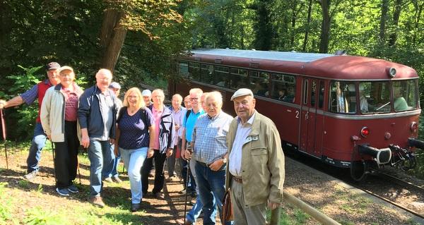 Sommertour der Herren-Turngruppe f�hrte nach Linz an den Rhein
