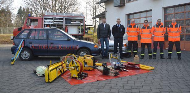 Neue Übungsobjekte für Freiwillige Feuerwehr Wallmerod