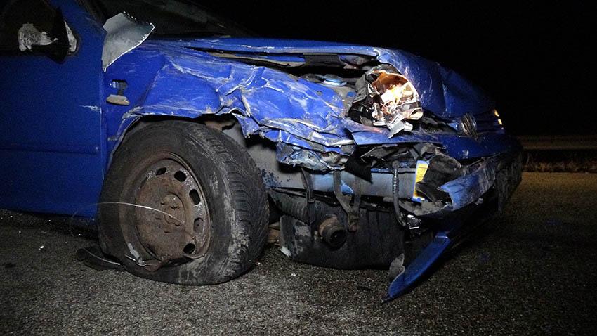 Verkehrsunfall mit mehreren Fahrzeugen und zwei Verletzten