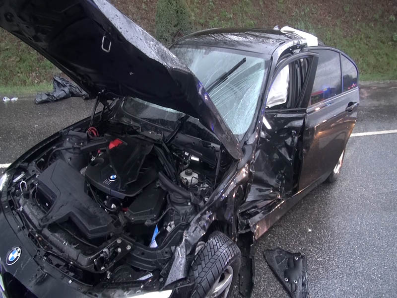 Schwerer Verkehrsunfall fordert sechs Verletzte
