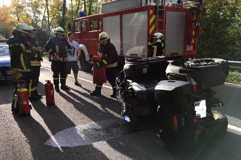 Quadfahrer gerät bei Puderbach in Gegenverkehr