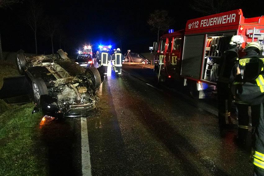 Unfall zwischen Hellenhahn und Höhn fordert zwei Schwerverletzte