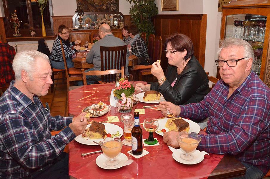 Döppekooche-Essen beim VdK-Ortsverband Bad Hönningen-Rheinbrohl