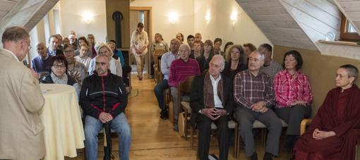 Vesakh-Fest führte Gäste der Region ins Kloster Hassel