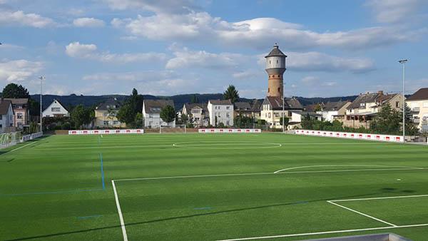 Anpfiff beim FV Engers im neuen Stadion am Wasserturm
