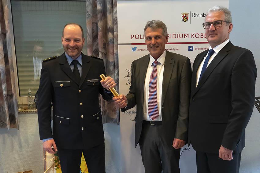 Kriminaldirektor Volker Schmidt übergibt Staffelstab in der Polizeidirektion Montabaur an Christof Weitershagen - WW-Kurier - Internetzeitung für den Westerwaldkreis