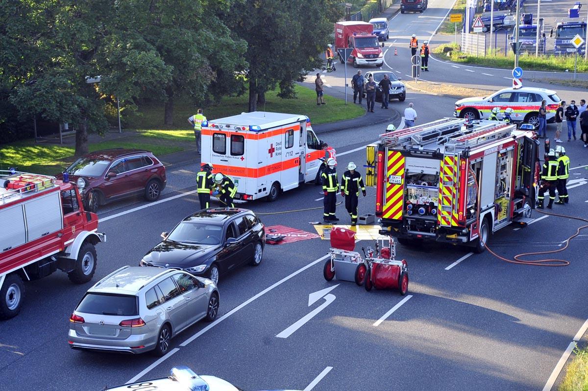 Verkehrsunfall auf der B 62 bei Etzbach: eine schwerverletzte Fahrerin