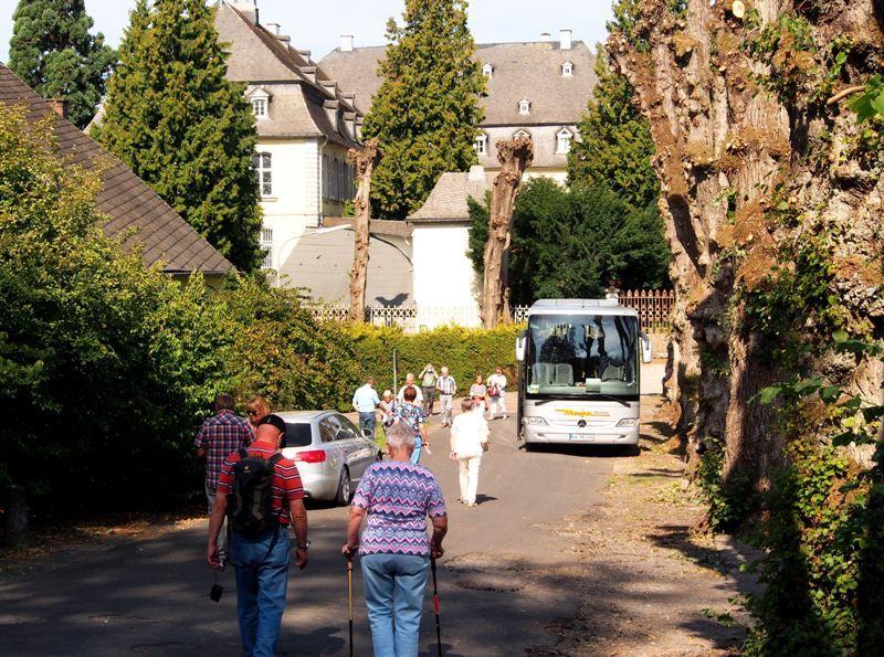 """Grenzgänger auf Denkmaltour: Besichtigungsfahrt durch's """"WällerLand"""""""