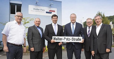 Neue Stra�enbezeichnung �Walter-Patz-Stra�e� in Mudersbach