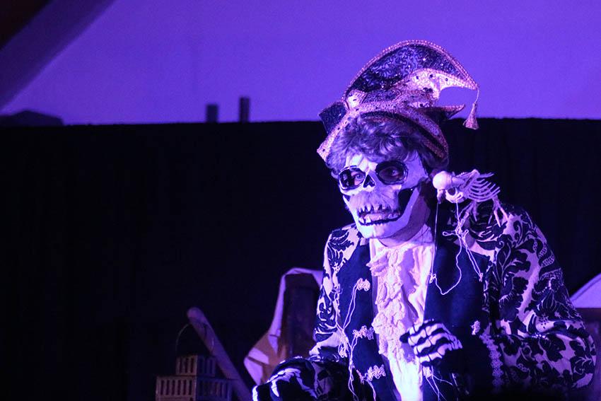 Liederabend und Theater mit der Freien Bühne Neuwied