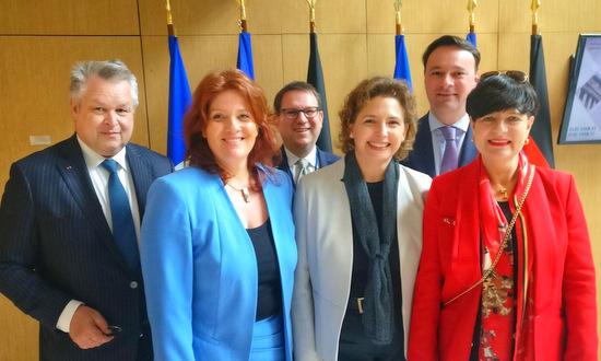 Sandra Weeser in deutsch-französischer Parlamentsversammlung