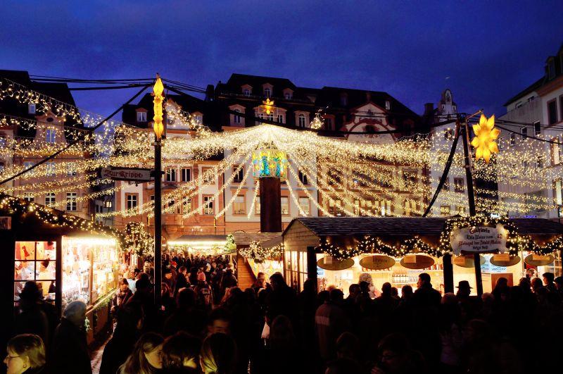 Seniorenbüro der VG Ransbach-Baumbach fuhr zum Mainzer Weihnachtsmarkt