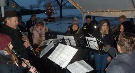 Traditionelle Weihnachtsgrüße des Musikvereins Brunken