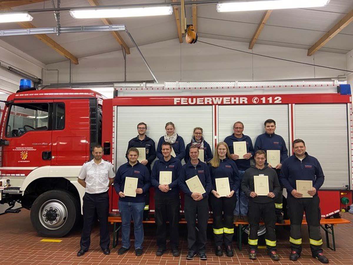 Übungsdienst der freiwilligen Feuerwehr Weyerbusch: Beförderungen für Aktive