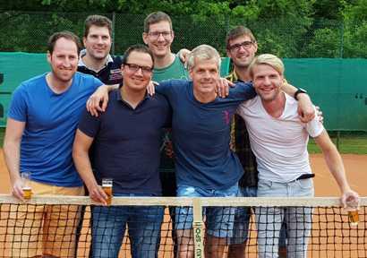 Tennis-�30-Mannschaft aus Neitersen feierte Aufstieg