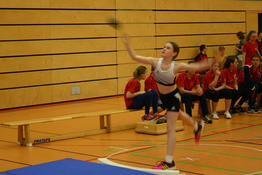 Leichtathletik-Nachwuchs in Windhagen zu Gast