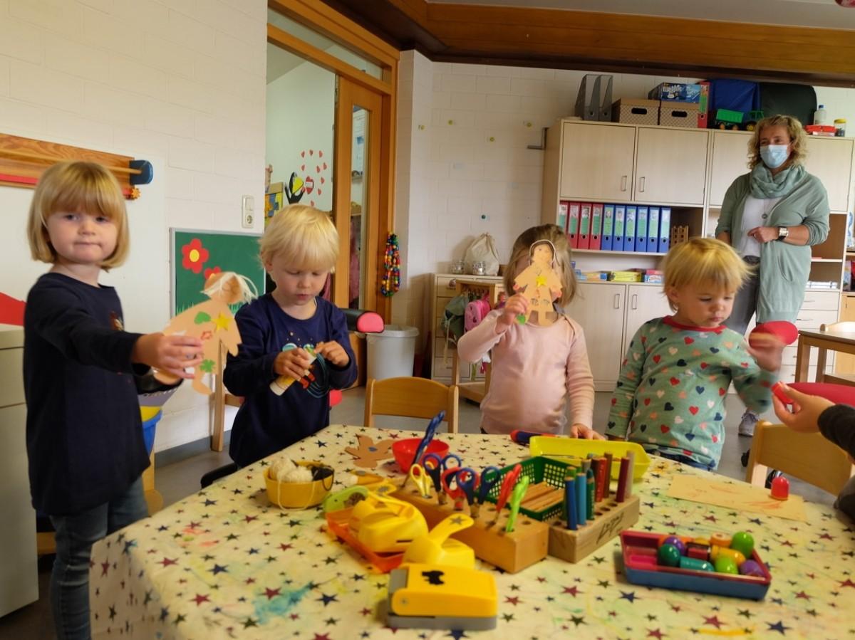 Kita Löwenzahn in Katzwinkel feiert Weltkindertag