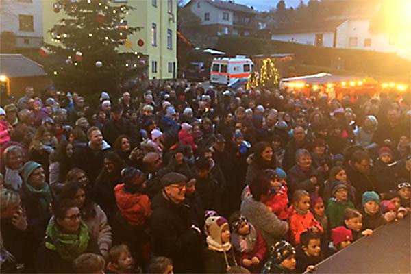 Super Atmosphäre beim Weihnachtsmarkt in Hillscheid
