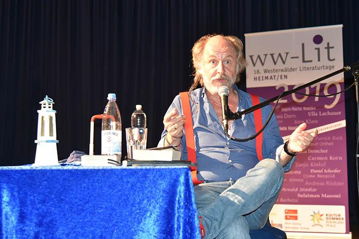 Linz erlebte Bestsellerautor Klaus-Peter Wolf