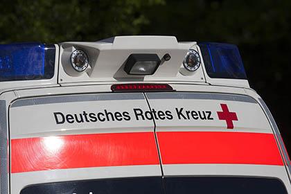 Randalierer zerlegt DRK-Krankentransportwagen