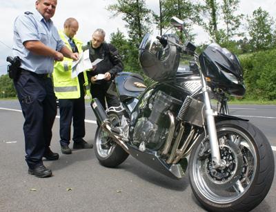 Zweiradkontrolltag im Wisserland zum Thema Sicherheit
